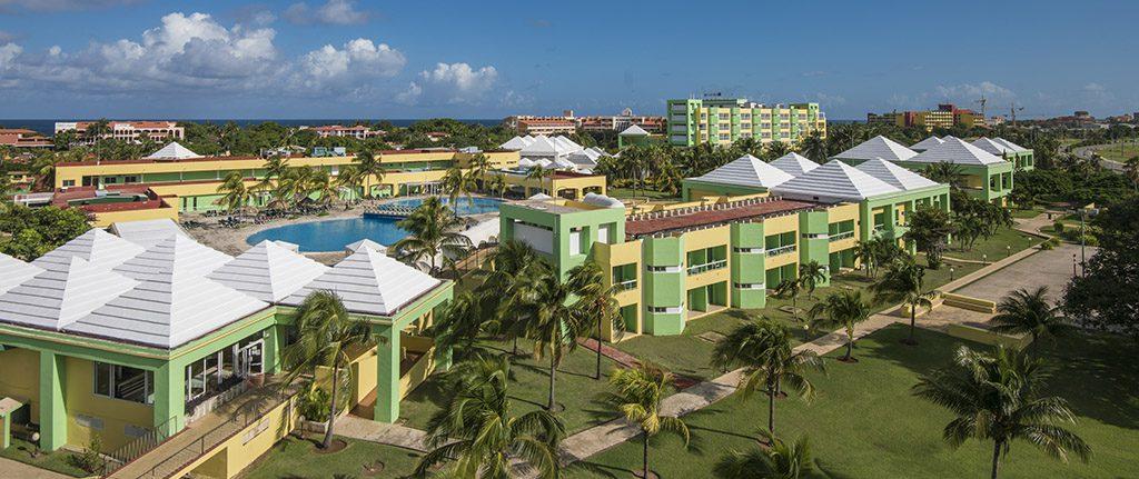 Las mejores playas de Varadero están frente al hotel Allegro Palma Real, tu destino en los viajes a Cuba