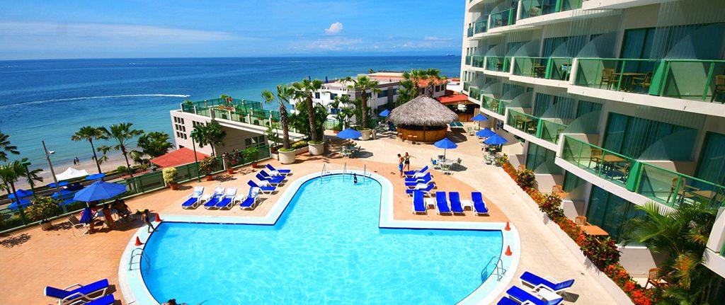 El mejor hotel de Ecuador está en primera línea de playas paradisíacas: Barceló Salinas