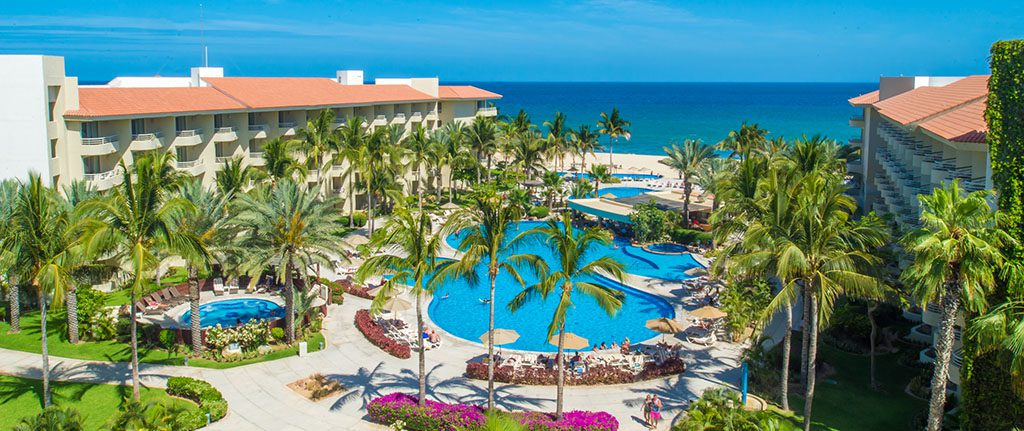 The best all-inclusive Mexico vacation: at the Barceló Gran Faro Los Cabos Hotel, on Baja California's idyllic beaches