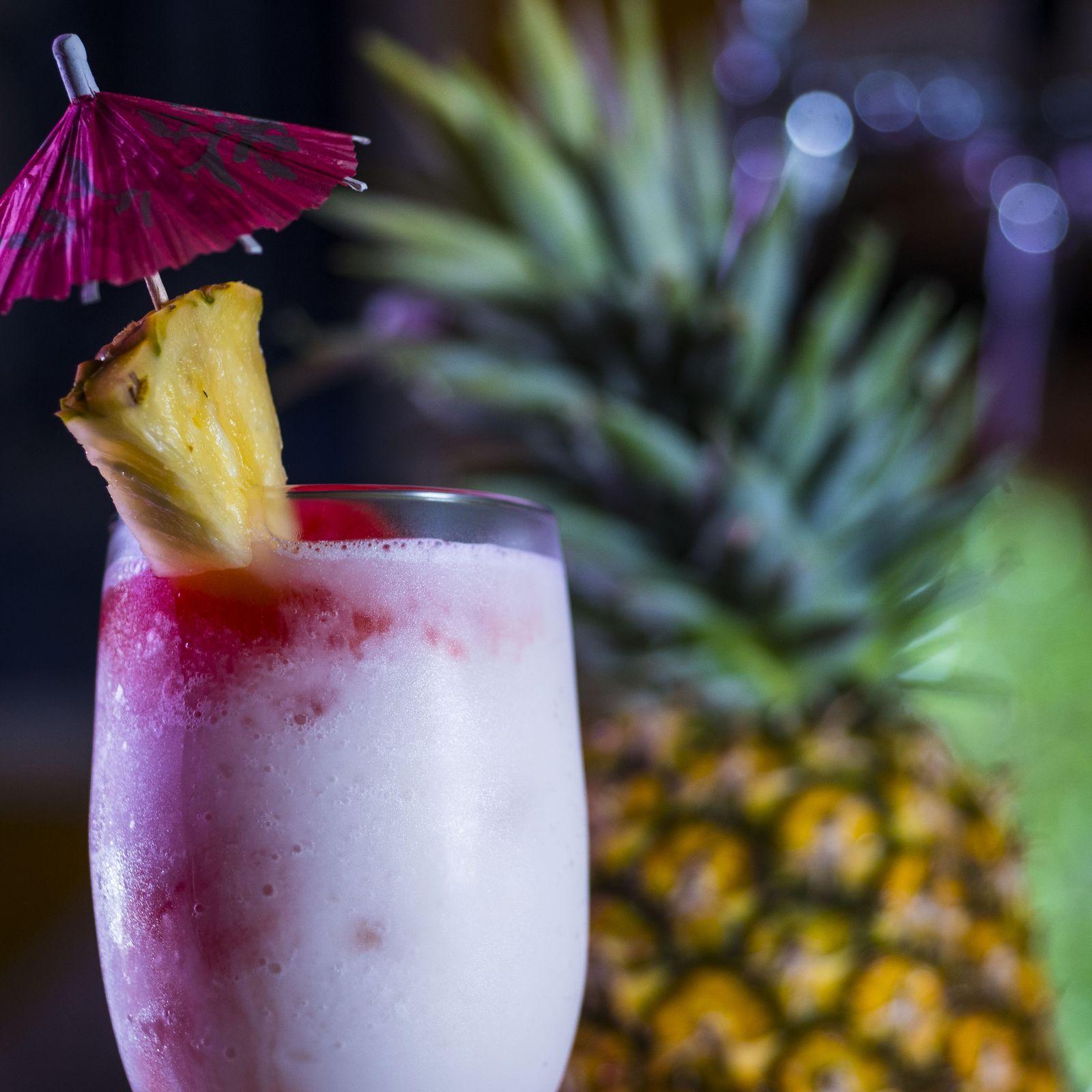 Tómate los mejores cócteles tropicales en el mejor hotel del caribe mexicano