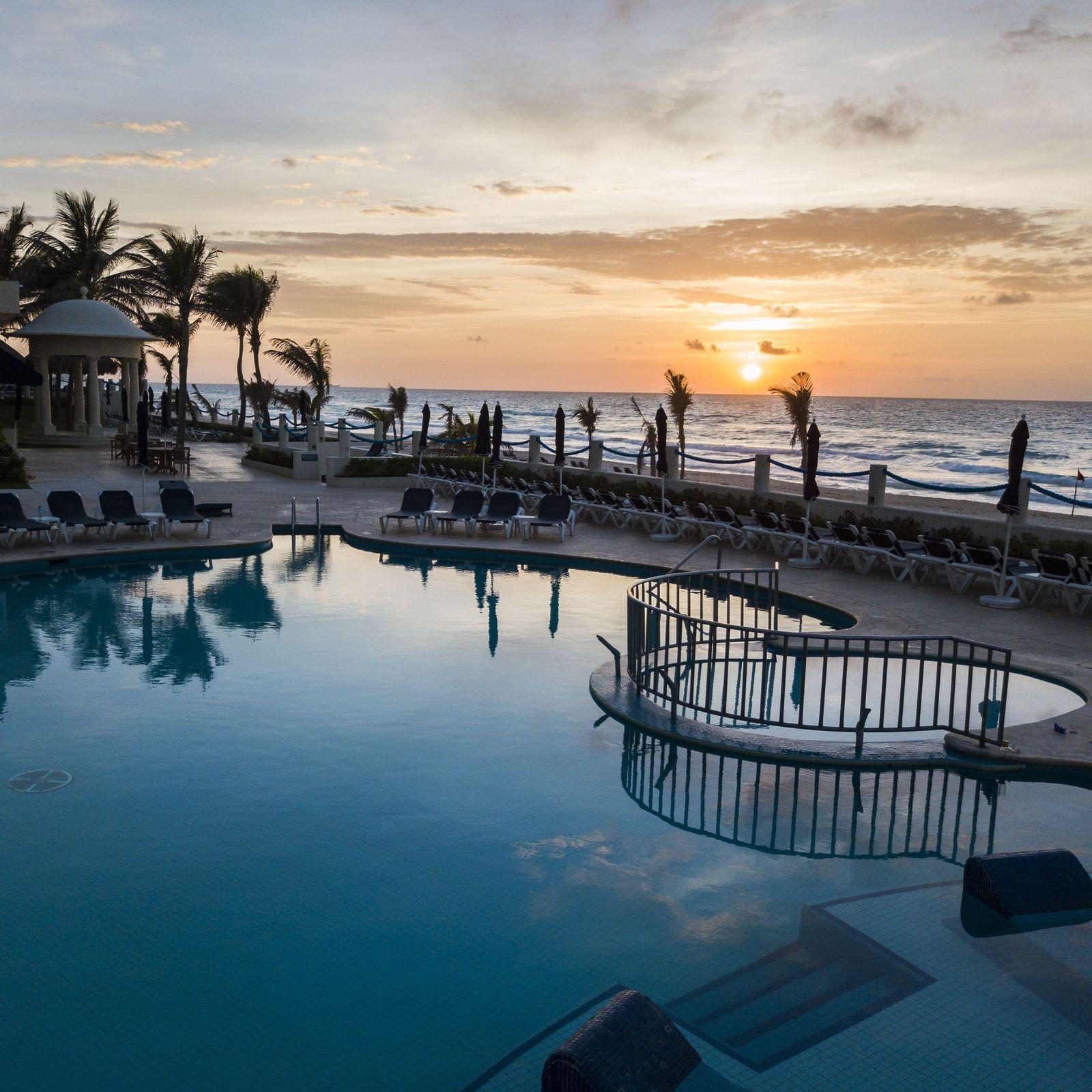 Los atardeceres de Cancún tienen un lugar obligatorio: Occidental Tucancún.