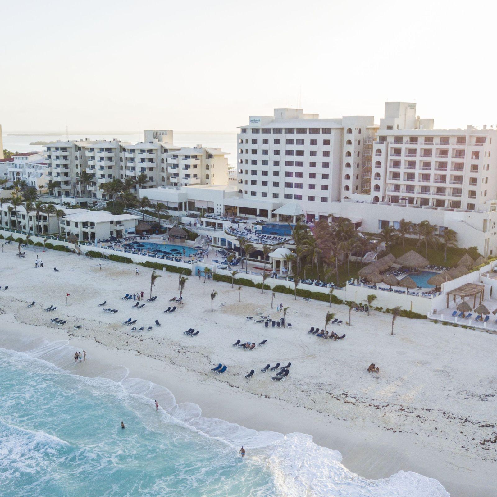 Hoteles a pie de playa todo incluido en Cancún para vacaciones en familia