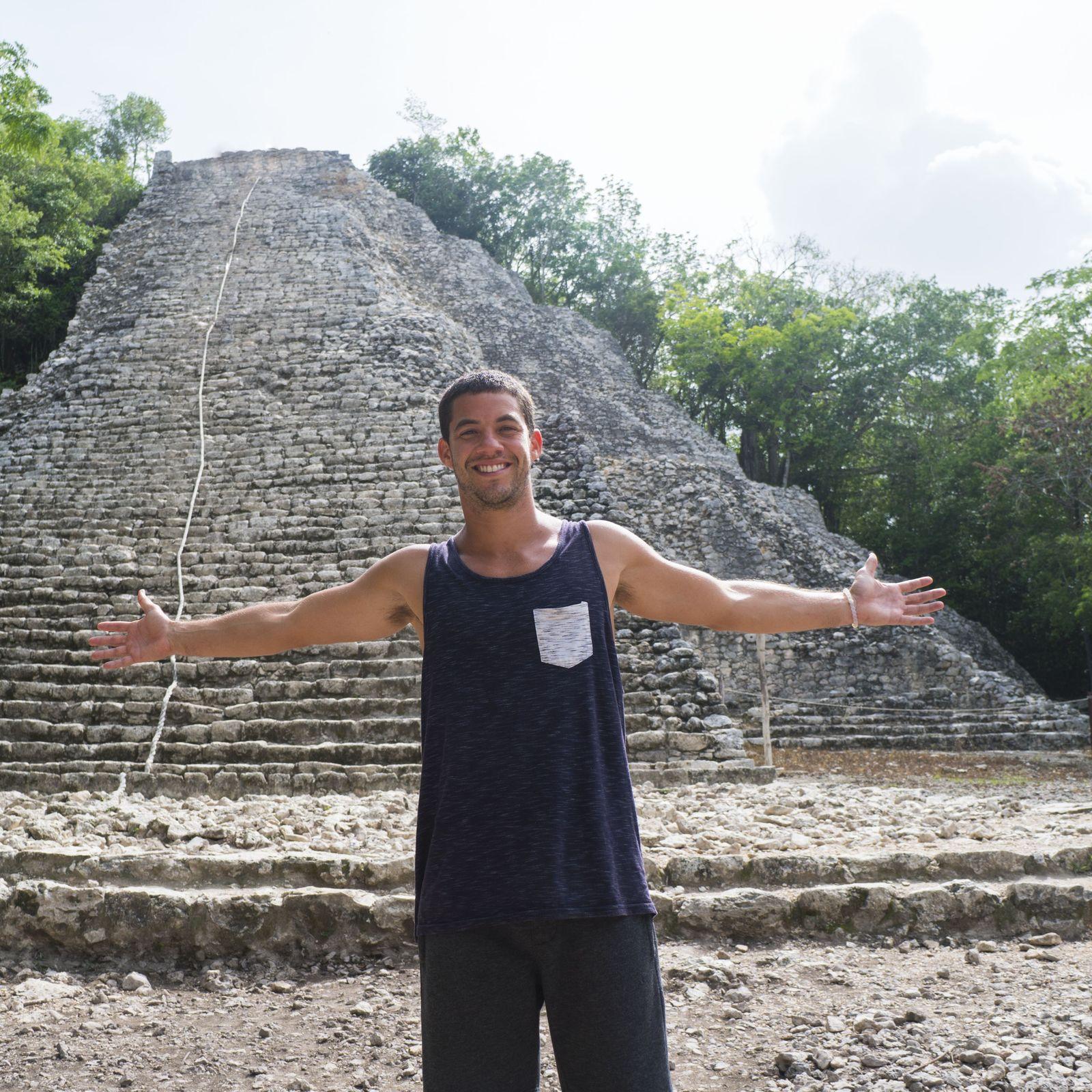 Visitar la pirámide Nohoch Mul en Cobá y subir arriba para disfrutar las vistas
